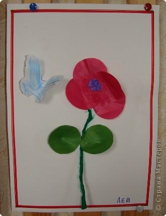 Вот такая выставка цветов встретила однажды мамочек. (в апреле :):):)) фото 6