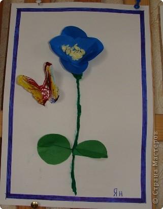 Вот такая выставка цветов встретила однажды мамочек. (в апреле :):):)) фото 8