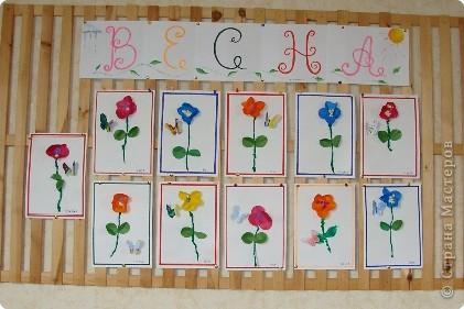 Вот такая выставка цветов встретила однажды мамочек. (в апреле :):):)) фото 1