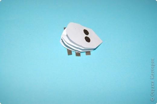 Оригами: жучек-божья коровка. фото 5