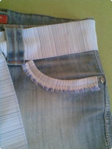 Из низа сшила племяннику джинсы,а из верха юбку. фото 2