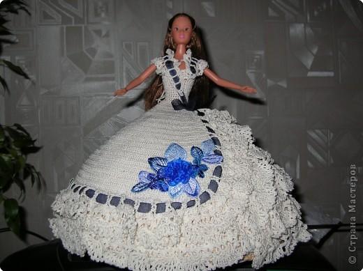 Платья для барби крючком.