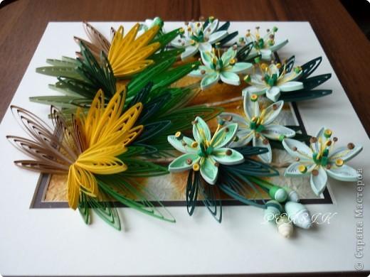 Ещё одна кропатливая работа (очень много мелких деталей), я отнесла бы её к семейству болотных цветов. Вся работа из полосок 0,3. фото 11
