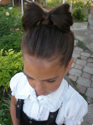 Прическа плетение бантик волосы фото 1