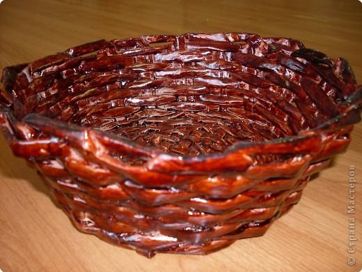 плетение вазы из газет фото 3