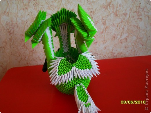 Змей горыныч из оригами