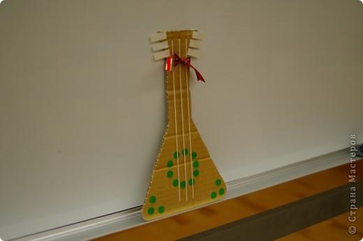 Музыкальные инструменты сделанные из бумаги