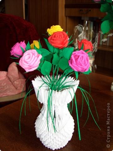 Вазы с цветами Бумага