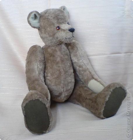Вот такой мишка пошился на день рождения старшей дочери. Одежда и обувь здесь: https://stranamasterov.ru/node/81551 фото 4