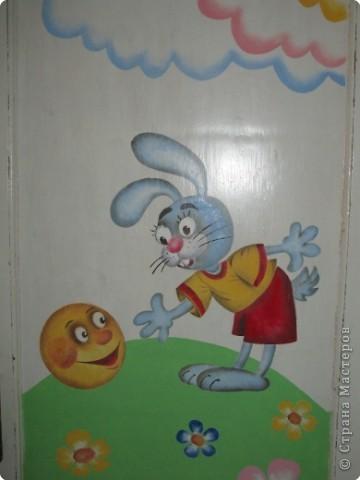 Оформление дверей в детском саду
