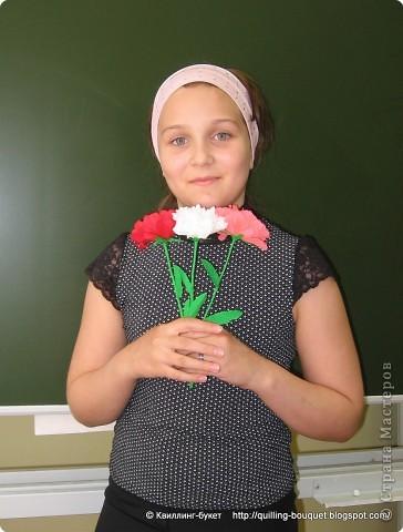 Цветы из креповой бумаги мы делали с