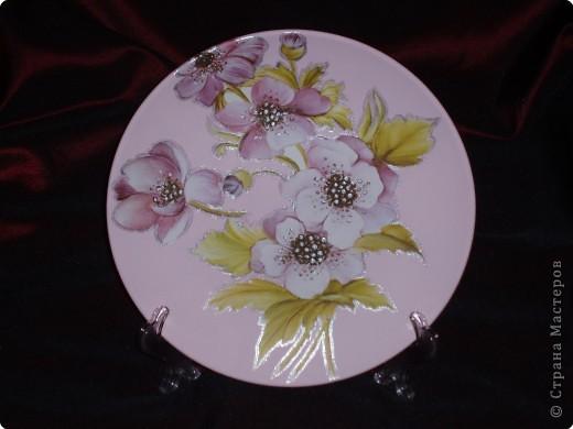 Керамическая тарелочка на подставке и железный поднос. фото 3
