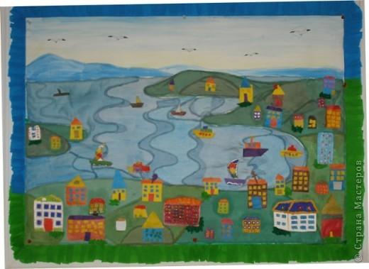 В этом году Владивосток празднует 150-летие, к этому событию мы с детьми  изготовили  коллективную работу, это панорама города, вид на бухту Золотой Рог. фото 1