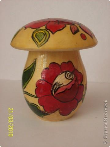 А вот еще одно мое расписанное творение!!! Замечательный городецкий грибочек :) фото 2