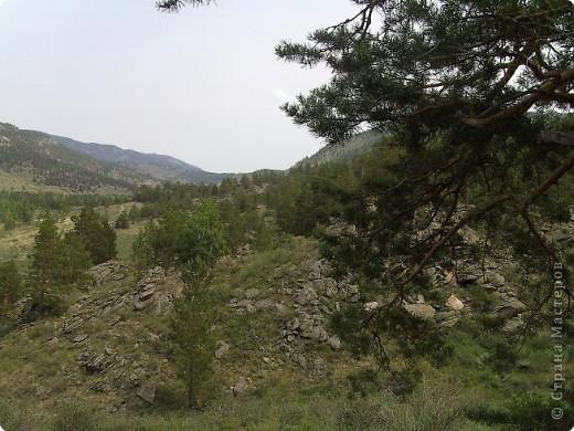 На выходных мы ездили отдыхать. Всей семьей. В одно из красивейших мест Казахстана. Называется оно Баянаул. Природа здесь просто потрясает многообразием рельефов и красот. И еще один замечательный факт-все это горно-озерное великолепие находится прямо посреди широкой Казахстанской степи. Прямо-таки райский уголок!!!)))  фото 3
