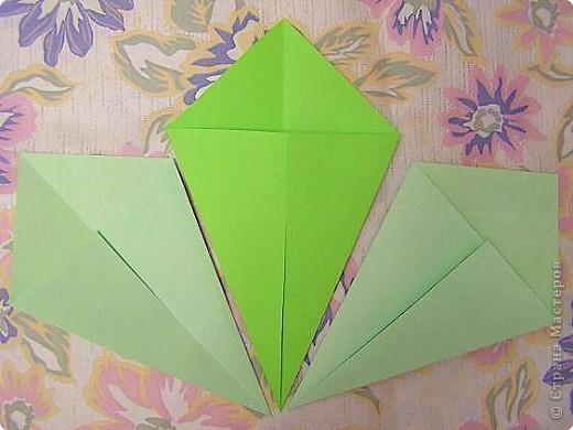 Оригами: Кленовый листок с букашками МК фото 3