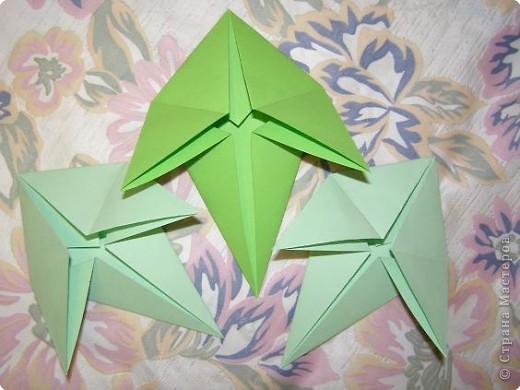 Оригами: Кленовый листок с букашками МК фото 7