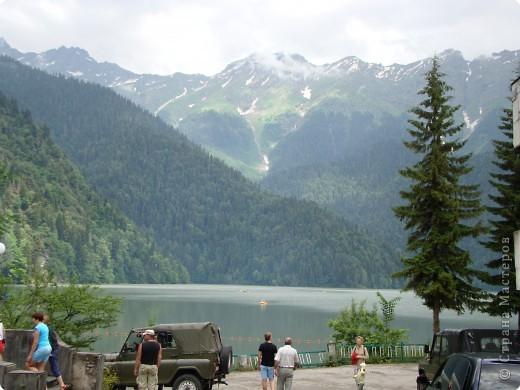 Голубое озеро. площадь этого озера чуть больше 100 кв.м., зато глубина около 76 метров. Потрясающе красивое место. фото 8
