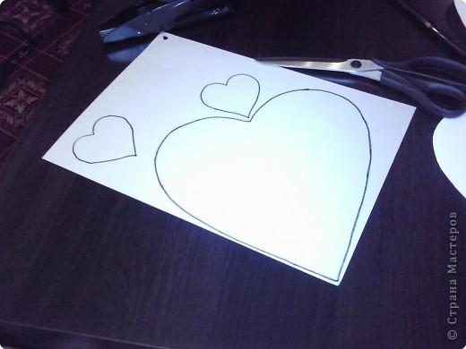 Вот такого забавного слоника можно сделать из простых сердечек. А детки весьма охотно участвуют в процессе его изготовления. фото 4