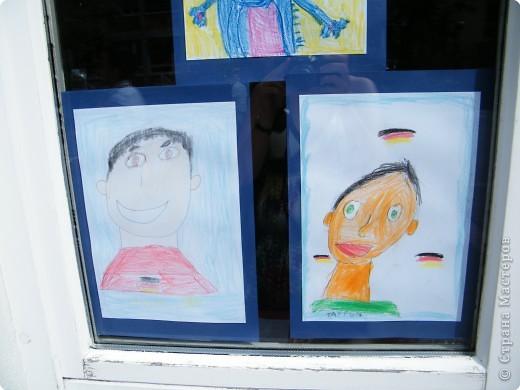 Автопортреты нашего 1 А.   Евангелия и моя дочка Виктория. фото 3