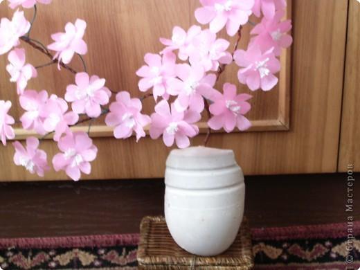 Веточка сакура из гофрированной бумаги фото 2