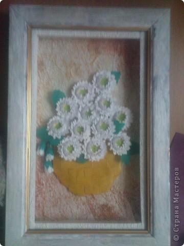 спасибо Ольге Ольшак вот такой подарок у меня получился. Очень понравились цветы Ольги,но для моей рамочки они велики (сделала поменьше, но что то не очень довольно. пора начинать учится рамочки углублять))) фото 1