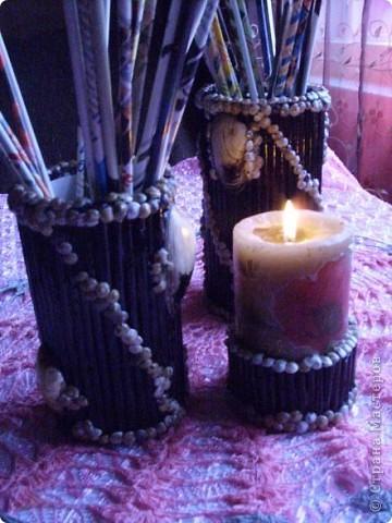 Материалы-баночки  из под кофе или др.,газетные трубочки, ракушки,клей ТИТАН фото 1
