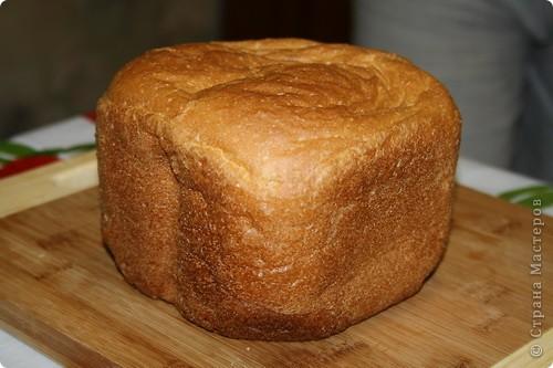 Наверное, МК никому не пригодится, к тому же уже есть странички с рецептами, но просто очень хочется показать. Если и правда будет ненужен, переименую в фоторепортаж:) Просто, надеюсь, интересно посмотреть? МК как печь хлеб в хлебопечке:))))) Вроде всё понятно без комментариев? Это самый-самый простой рецепт.  фото 23