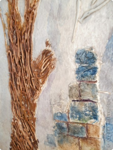 Работы выполнены из обычной  финишной шпаклевки (уже готовой). Выполняются различные рельефности по поверхности (чем угодно, насколько хватит фантазии) после высыхания красятся гуашью и покрываются бесцветным мебельным лаком. Такие панно можно выполнять прямо на стене. фото 5