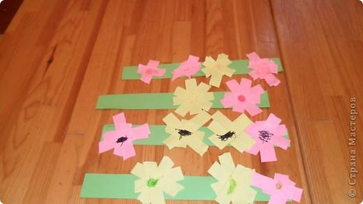 Первые шаги в бумагопластику. Работа детей, посещающих мой кружок. фото 2