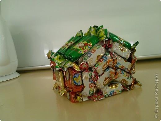 Вот такой вот домик подарила подруге на день рождение. Простенький но очень вкусный. фото 3
