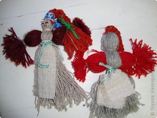 Куклы-моталки из ниток фото 1