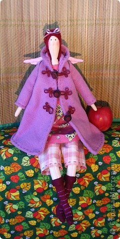 Осень наступила и даже куклы надели пальто и сапоги. Рост 54см. фото 1