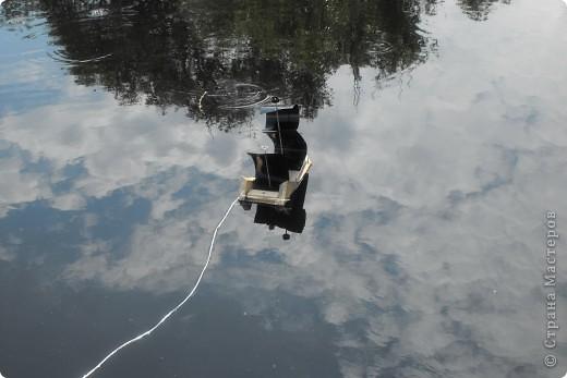 Дело было летом..дочка с племянником захотели попускать кораблики... фото 1