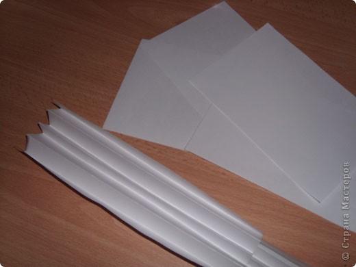 """Предлагаю всем научится делать такие открытки-туннели с помощью коробочного картона! Это моя первая работа, надеюсь, Вам тоже понравится делать такие открытки! Делать их очень легко и просто, особенно понравится работа """"неподготовленным"""", так как используемые материалы есть дома в любом случае!  фото 7"""