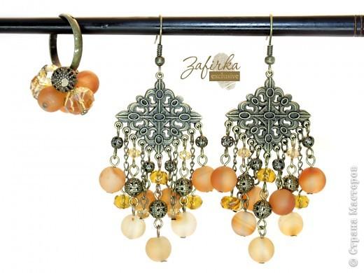 Кольцо и длинные серьги в винтажном стиле - с натуральными агатами и стеклянными бусинами. фото 1