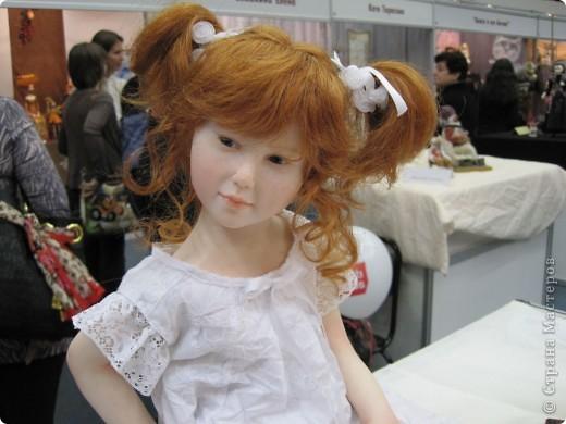 Возьму на себя смелость продолжить репортаж о Шестом международном Салоне кукол в Москве.  фото 1