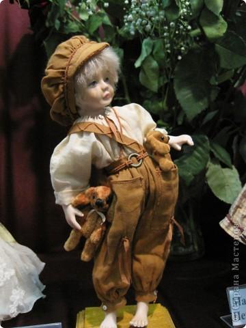 Возьму на себя смелость продолжить репортаж о Шестом международном Салоне кукол в Москве.  фото 8