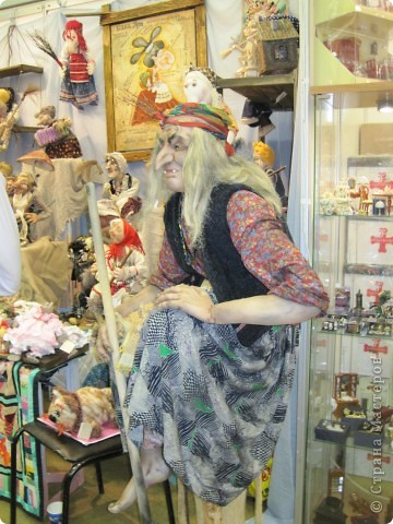 Возьму на себя смелость продолжить репортаж о Шестом международном Салоне кукол в Москве.  фото 13