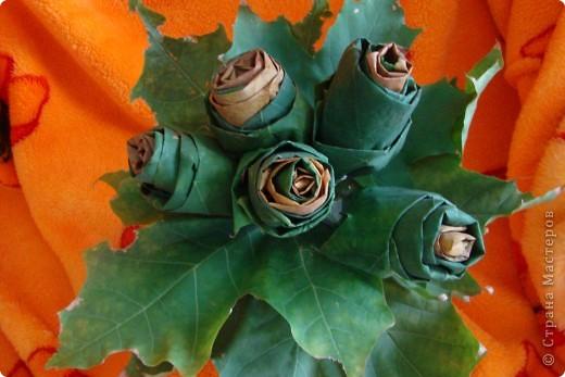 Решили с сыном тоже сделать букет из кленовых листьев фото 1