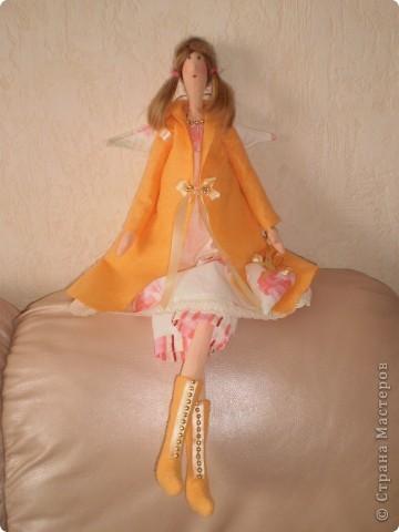 Осенний ангел Саша. Рост 65 см. Волосы у куклы настоящие от дочери Саши.  (наверно был сбой и фото потерялись. загрузила еще раз) фото 2