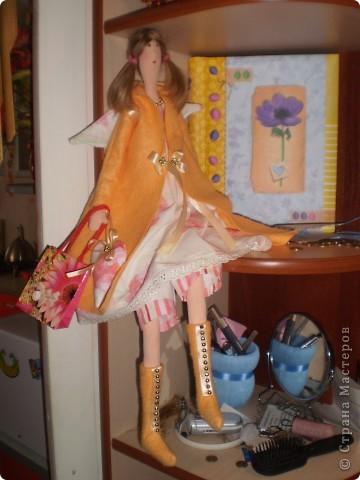 Осенний ангел Саша. Рост 65 см. Волосы у куклы настоящие от дочери Саши.  (наверно был сбой и фото потерялись. загрузила еще раз) фото 1