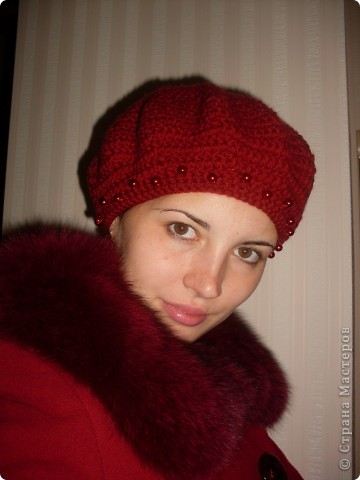 Решила попробовать себя в вязании шапочек. Вроде получилось. фото 4