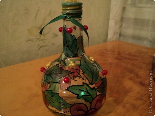 Вот несколько моих бутылок. Здесь витражные краски-прилипалы. фото 1