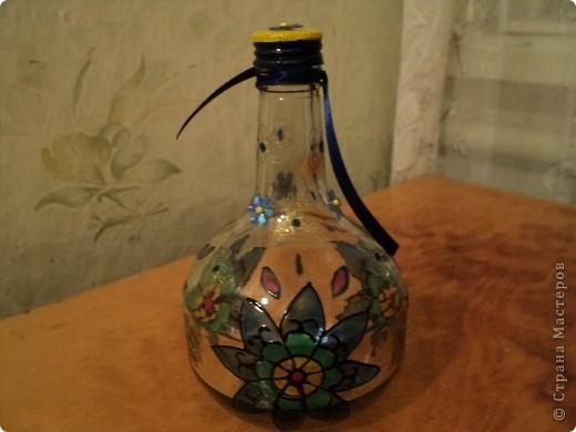 Вот несколько моих бутылок. Здесь витражные краски-прилипалы. фото 8