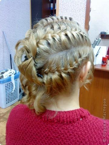 Так можно оформить три дракона на среднюю длину волос... фото 1