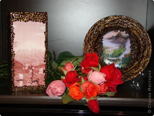 вот такую вазу я решила сделать для своей подруги на день рождение. Ваза из прозрачного стекла, грунтовка, распечатала картинку, по краю картинки приклеила яичную скорлупу, чтобы было не видно края распечатки фото 6