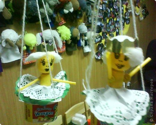 Принцессы на воздушном шаре, полетели, видимо, на поиски принцев))) фото 1
