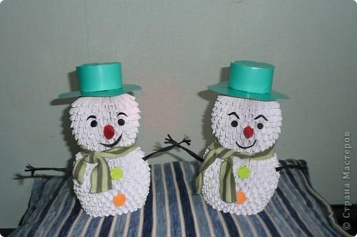 Снеговики-близнецы. По мастер-классу Татьяны Просняковой.