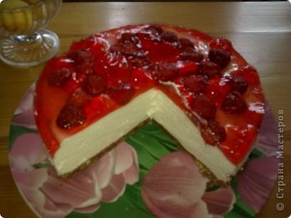 сливочно-желейный тортик с клубникой